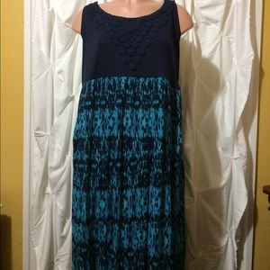 Plus Size Avenue Maxi Dress 22/24